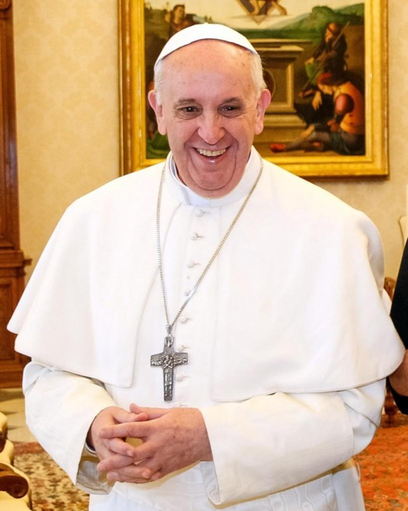 a fi oameni pt altii Papa
