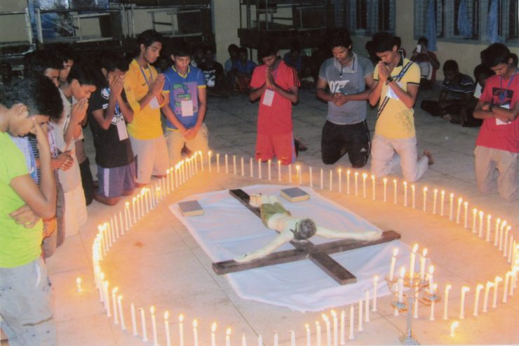 BANGLADESH / KHULNA 14/00021 Youth formation training (April - June 2015) for the Christian Youth of Khulna Diocese to promote Christian Faith, social, economics & Psycho-social condition